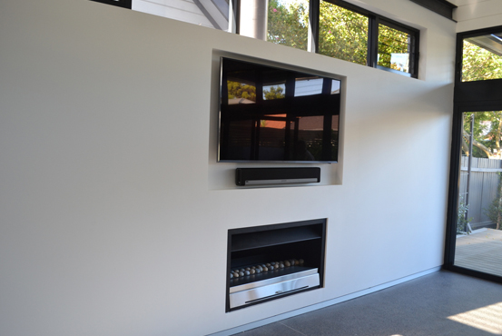 Fidelity_Systems_Installation_TV_over_fireplace